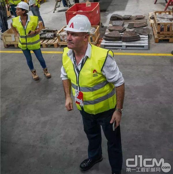 参观了安迈上海工厂的生产车间。
