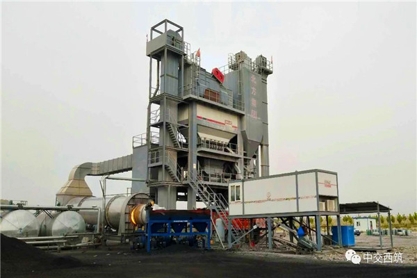 西筑J4000搅拌设备在莎车工地