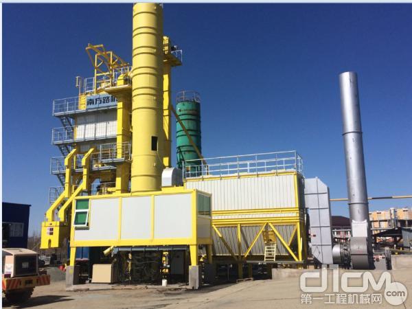 奥伦堡客户,LB1500型,累计生产20万吨,2017年。