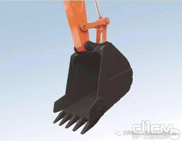标准配备0.33m³的大容量铲斗,匹配大功率发动机,实现大作业量。斗杆最大挖掘力为38kN,铲斗最大挖掘力为55kN