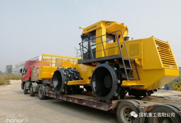 。智能遥控垃圾压实机GYL263RC于2017年北京国际工程机械展期间首次亮相
