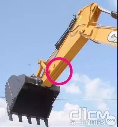 剥岩、破碎、装车,每一次钢铁与岩石的碰撞都是对设备强度的一次考验