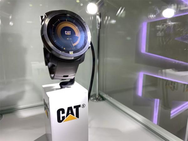 卡特彼勒发布智能手表