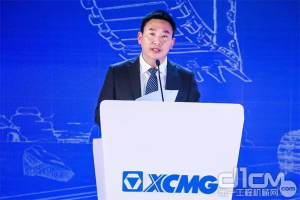 湖北沛函集团董事长吕方武代表客户发言