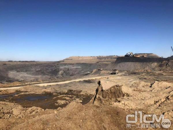 内蒙古乌兰浩特突泉县地处大兴安岭山脉的中段与松辽平原过渡地带