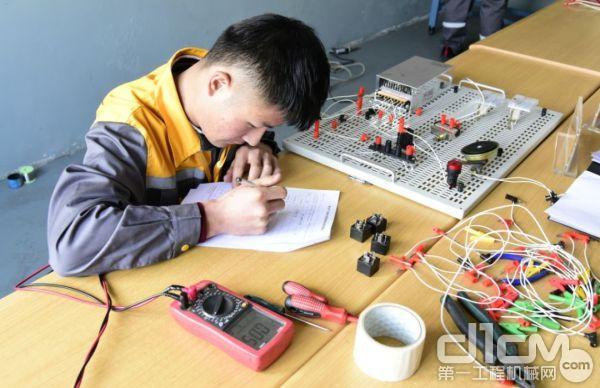 电路连接测试
