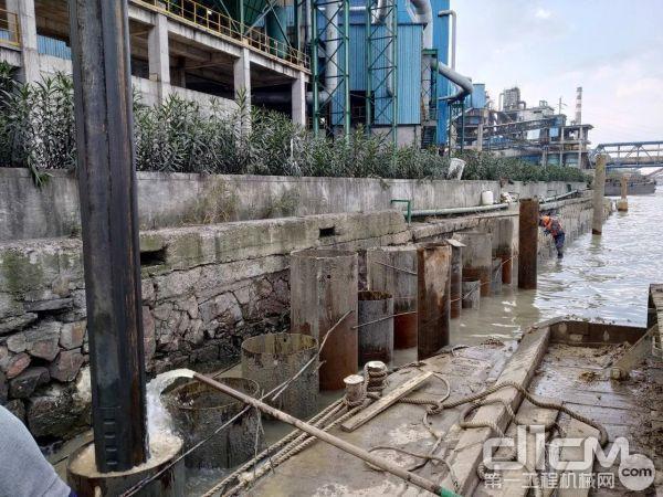 本工程主要施工内容为堤防填筑、护岸工程。