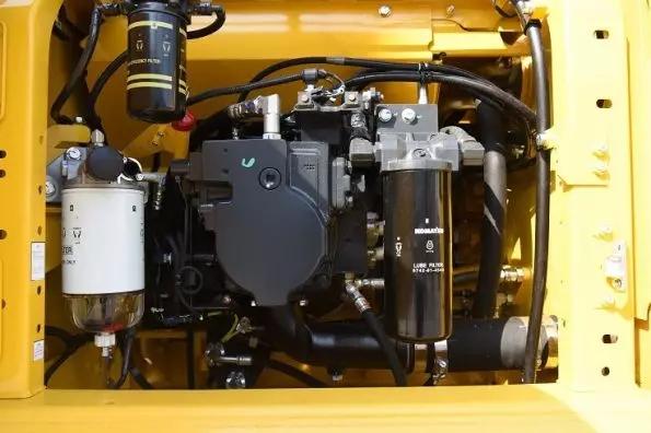 小松PC215-10M0零距离接触