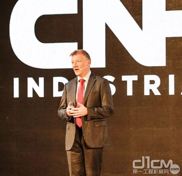 Neil Woodfin 凯斯纽荷兰工业集团亚太区工程机械品牌总裁