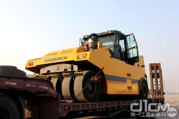 国机重工GYR351全液压轮胎<a href=http://product.d1cm.com/danganglun/ target=_blank>压路机</a>