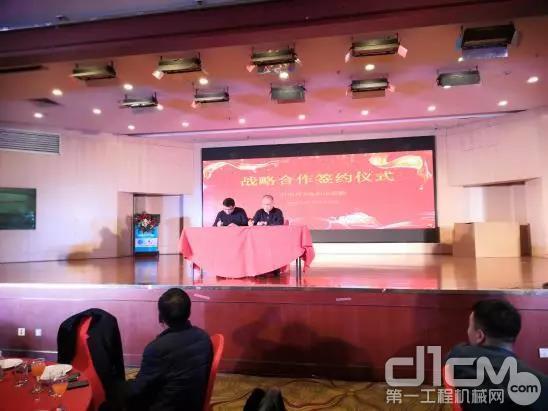 郑州首月斩获280余台新型智能渣土车
