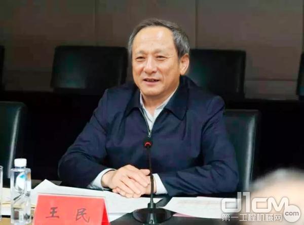 徐工集团董事长、党委书记王民