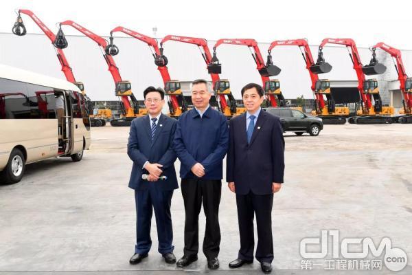 广东省委书记李希与三一重工董事长梁稳根、三一重工总裁向文波