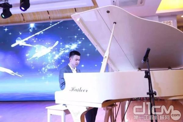 钢琴表演《梦中的婚礼》