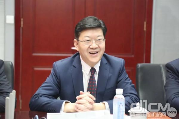 中铁长安重工有限公司董事长、党委书记郑宗君