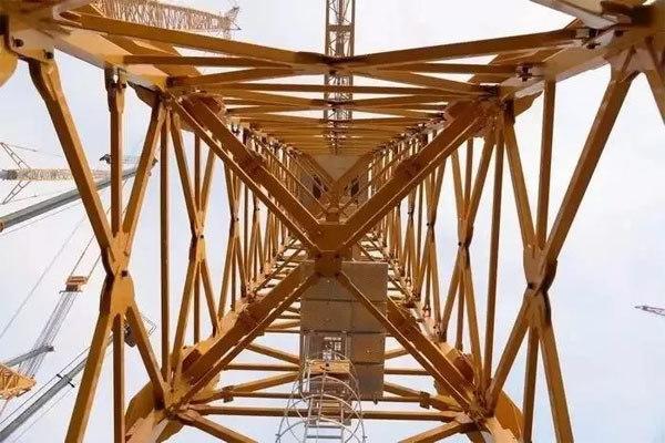 塔式起重机内部结构图