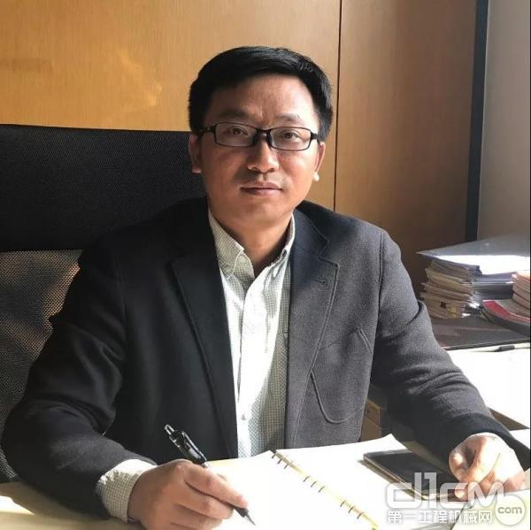 国机汽车所属中国进汽贸业务二部副部长 陈建文