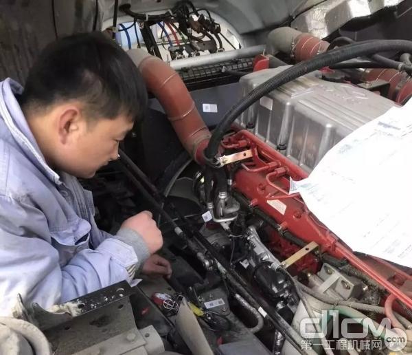 检修车辆现场