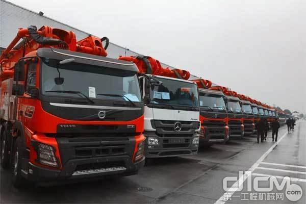 全国司机来取车 长沙30台泵路设备齐发货