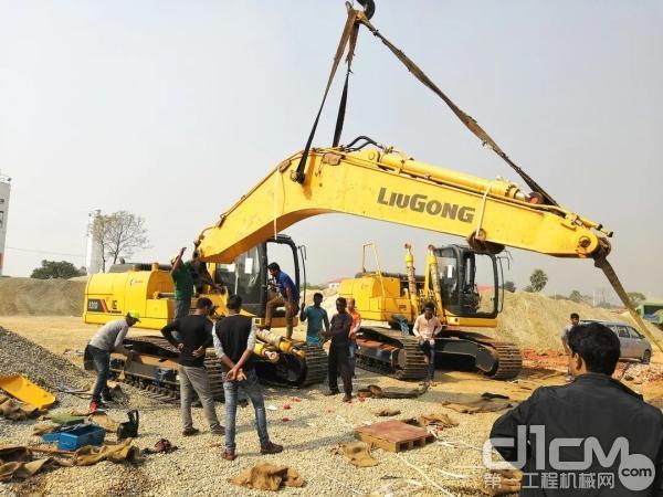 柳工再获南亚市场12台挖掘机订单