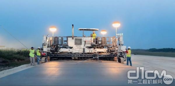 美国密苏里州杰斐逊城的纪念机场重建跑道工程