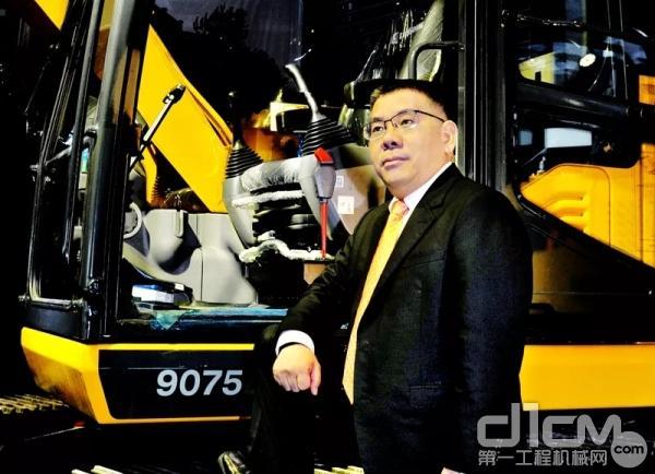 广西柳工集团、广西柳工机械股份有限公司党委书记、董事长曾光安