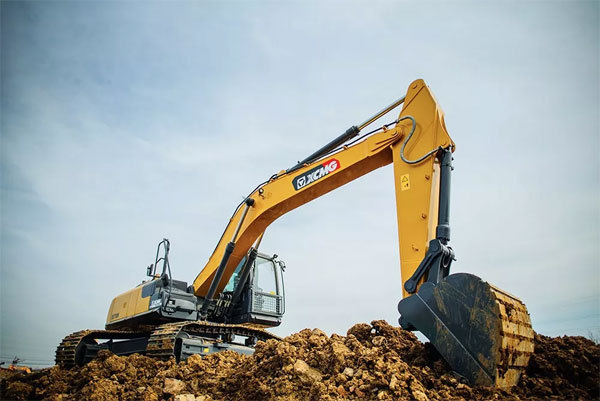 挖掘機產品