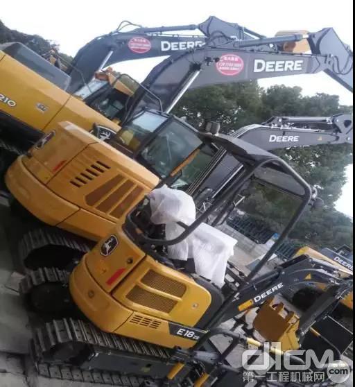 新出的E18 ZS和E60微挖