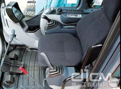 安全舒适的驾驶室