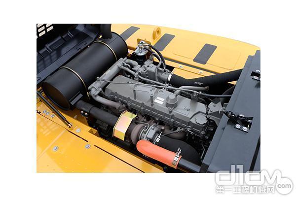 搭载GH-6HK1发动机
