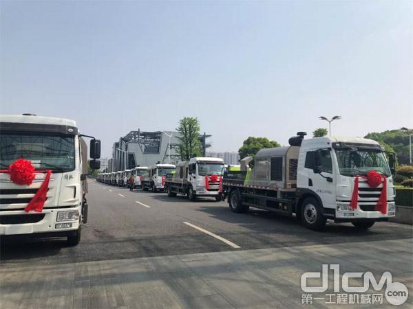 ▲中联重科4.0系列国六车载泵整装待发