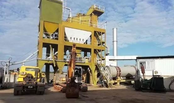 在非洲大地工作20年的徐工第一代LQC80沥青站