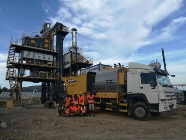 一线好评!徐工1500型沥青站在巴布亚新几内亚获得施工方阵阵点赞