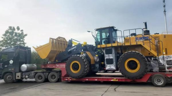 徐工超大吨位装载机LW1200KN批量出口非洲