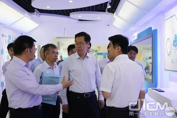 庄兆林到徐工集团调研