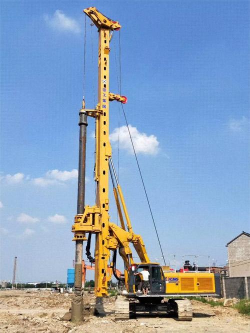 徐工XR240E在广州施工