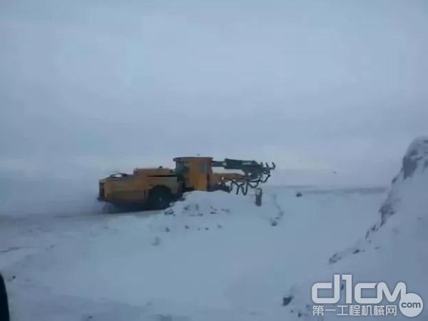 徐工矿业设备作业于俄罗斯亚马尔矿区