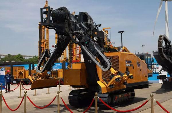 徐工TCR7500隧道清理机器人