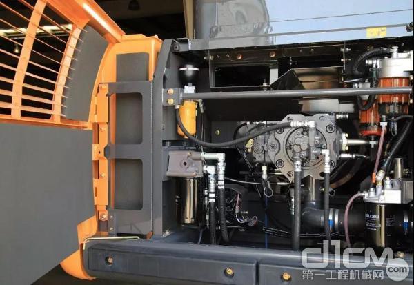 当发动机过载、点火过迟、液压总泵功率超载也会造成水温高现象