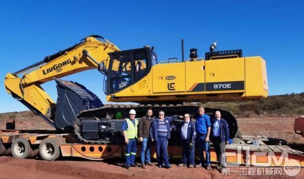 柳工970E大型挖掘机成功交付