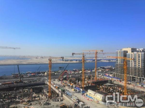 徐工塔机助力迪拜滨海建筑项目