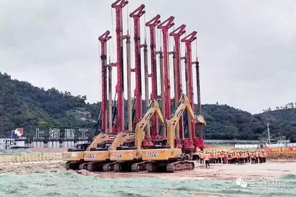 三一7台旋挖钻机助力深圳大学新校区建设