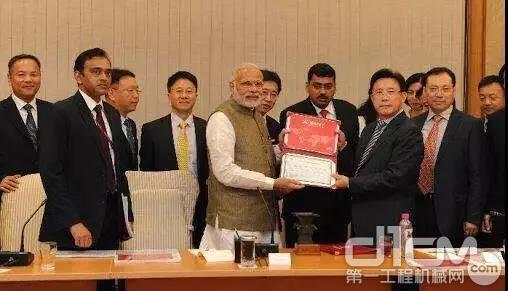 印度总理莫迪会见梁稳根等中国企业家