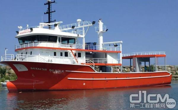 搭载潍柴8170船舶动力的土耳其渔船