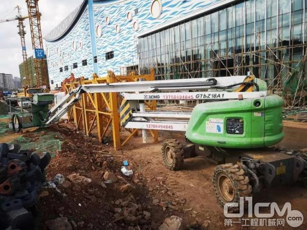 徐工高空作业平台助力昆明万达广场建设