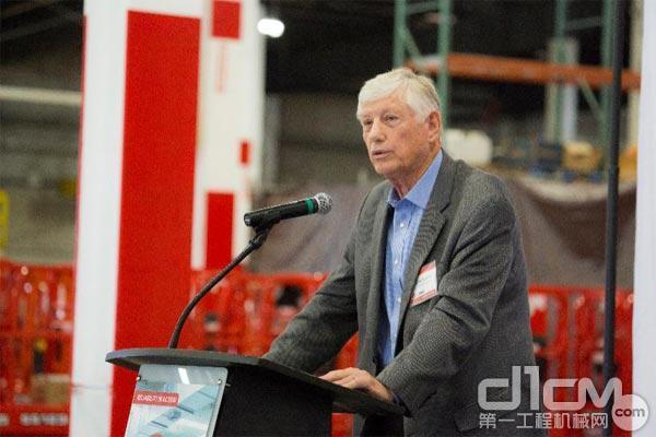 Lew Hudson销售公司CEO Lew Hudson