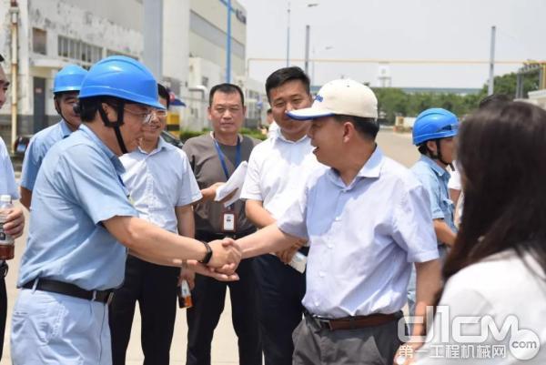 生态环境部国际合作司司长郭敬带队到济宁高新区小松山推调研