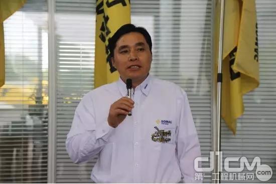 宝马格(上海)压实机械有限公司总经理王业锋