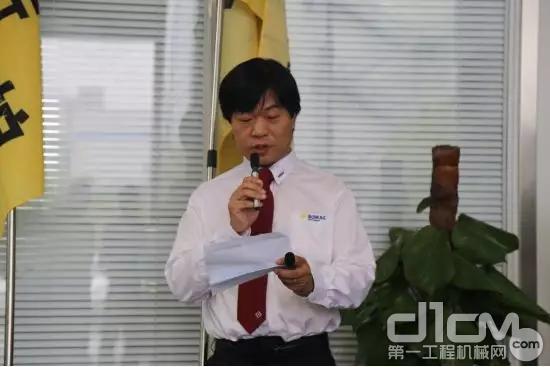 宝马格(上海)压实机械有限公司市场经理张梦来