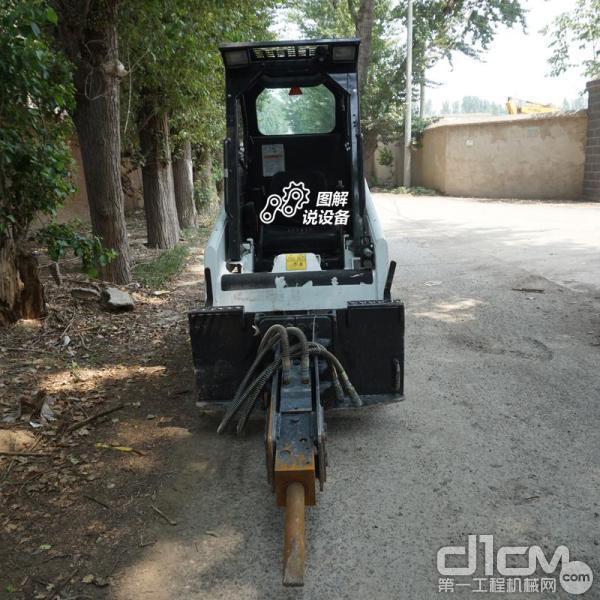 动臂掘起力8.6kN,铲斗掘起力8.67kN能轻松应对各种室内拆除铲运工况。